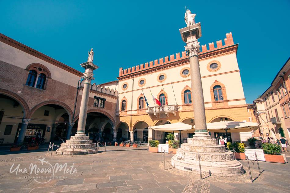 Le colonne di Piazza del Popolo, Ravenna